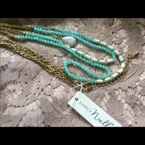 NWT💙 SIMPLY NOELLE 3 STRAND NECKLACE💙